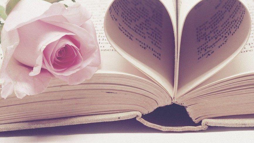 «Я перший раз поцілувалась із хлопцем». Козятинчани про свої вірші про кохання + ОПИТУВАННЯ