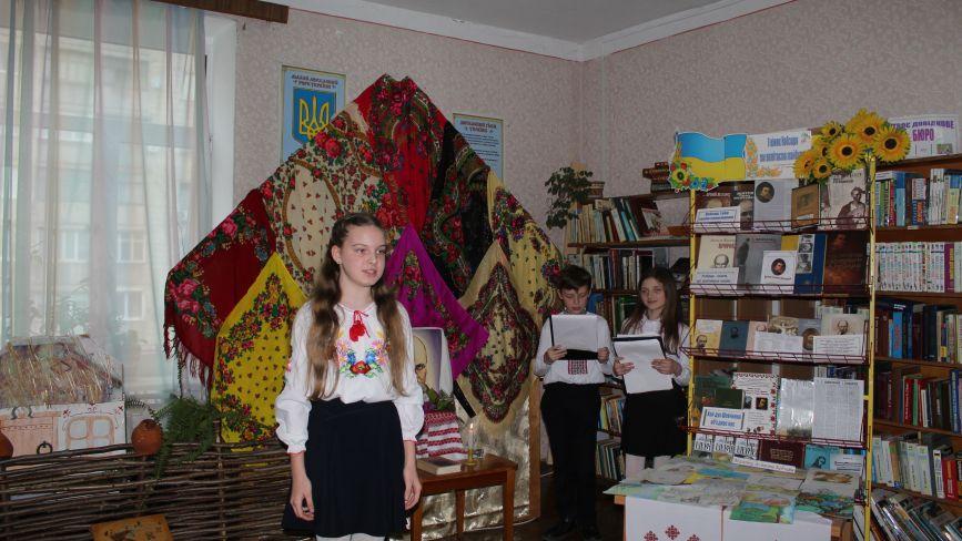 Читали твори Шевченка і показували сценки з його життя