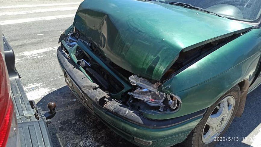 У Махнівці зіткнулося два автомобіля