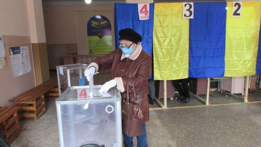 На виборах 2020 дуже низька явка: як голосує Козятинщина (Оновлено)