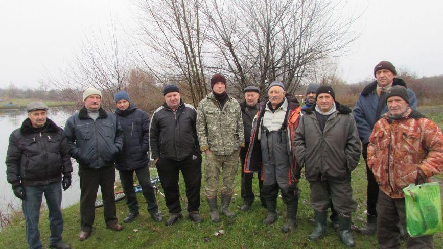 Рибалки «Джерела» просять допомоги наповнити водою ставок