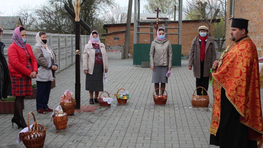Великодні Богослужіння у Козятині почалися в страсну п'ятницю