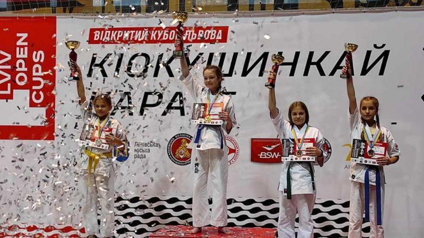 Конкуренція та сильні суперники: козятинчанка Юлія Коваль стала чемпіонкою з кіокушинкай карате