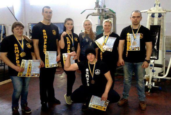 Збірна Козятина з армреслінгу показала чудові результати на чемпіонаті області