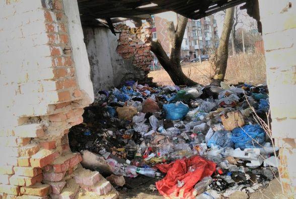 В Козятині екологічна катастрофа в районі великого базару та 4школи