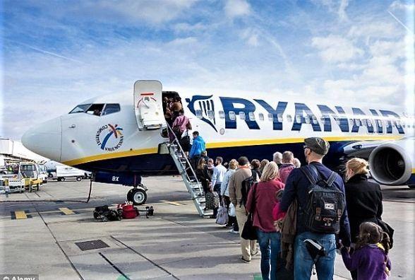 Лоукостер Ryanair почне літати з України вже з вересня. Куди та які ціни?