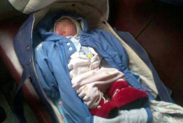 Жінка залишила новонароджену дівчинку в електричці сполученням Козятин-Київ