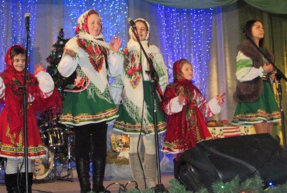 Віряни організували фестиваль колядок і щедрівок (ФОТО+ВИДЕО)