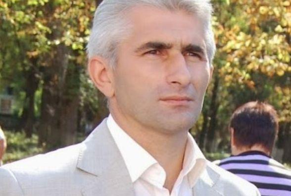 Представник президента каже, що Мафік створив протистояння між містом і районом