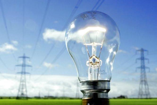 Працівники СО «Козятинські ЕМ» проведуть розчищення ліній електропередач 0,4 кВ