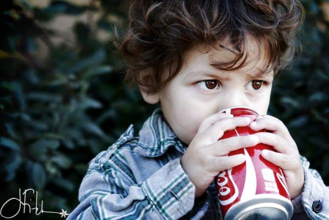 Чи шкідлива дітям Кока-кола?