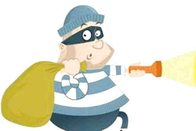 Крадіжки в басейні