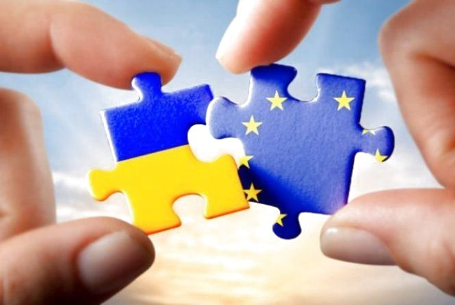 Європарламент проголосував за безвізовий режим з Україною!