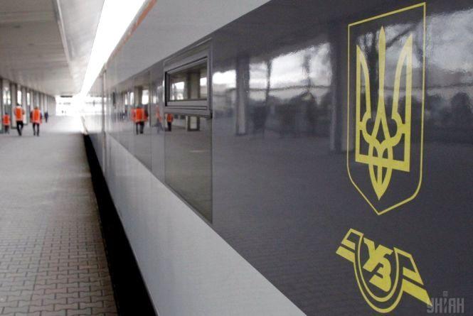 Додаткові поїзди через Козятин