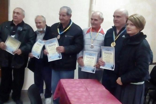 Шахісти подарували людям літнього віку спортивне свято