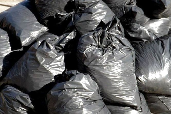 З 12 липня не буде  погодинного вивозу сміття