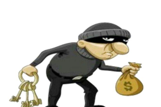 Шахраї та крадії продовжують лиходіяти