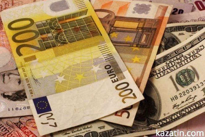 Курс валют НБУ на 31 липня: по чому після вихідних буде євро?