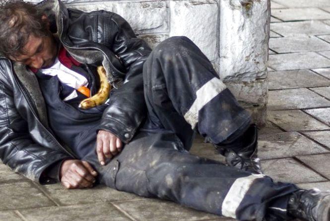 Безхатченко замерз до смерті