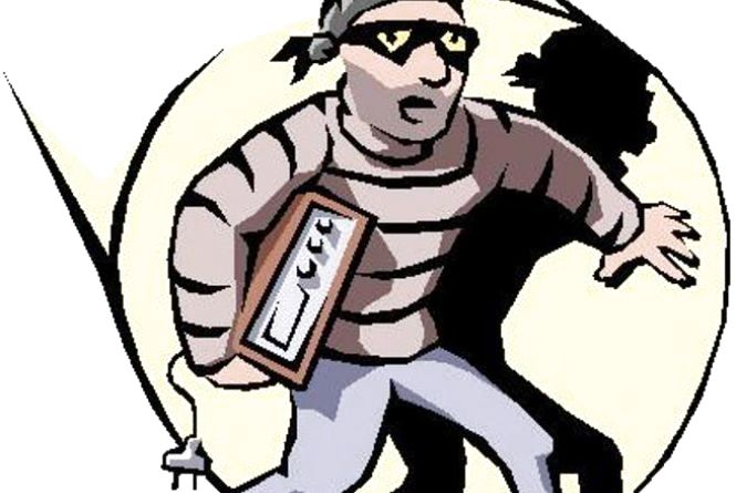 Поліція накрила п'ять помешкань з наркотиками.