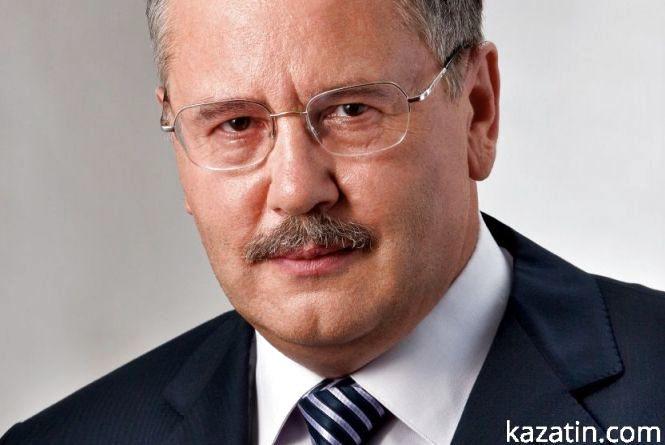 """А. Гриценко в Тернополі: """"Доки служиш, а зараз, тим більше, воюєш, ти потрібен. Тільки звільнився в запас, ти – сміття"""""""