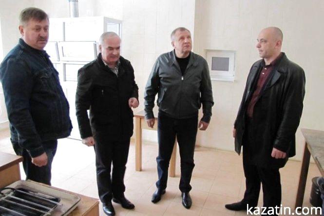 А сам Юрчишин від грошових подарунків відхрестився: