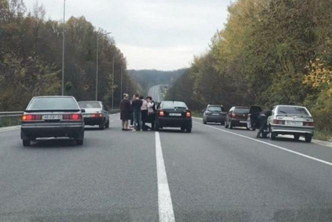 На об'їзній Вінниці раптово помер водій