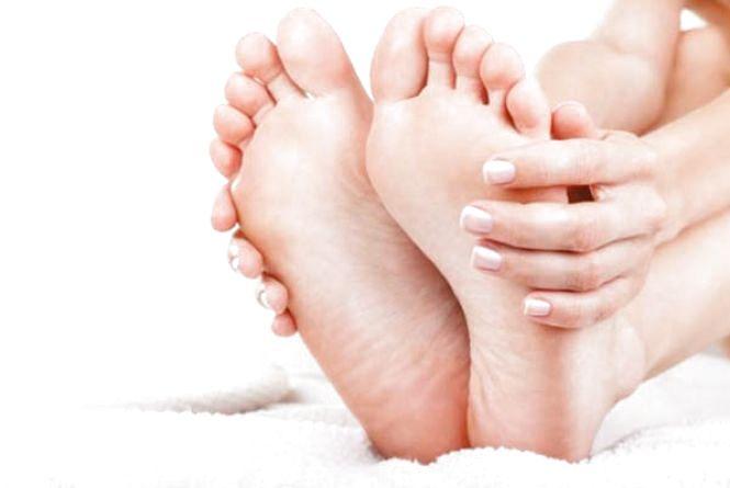 Незручне взуття — мозолі і натоптиші