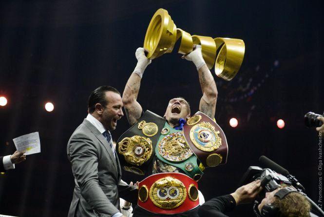 Олександр Усик — абсолютний чемпіон світу з боксу