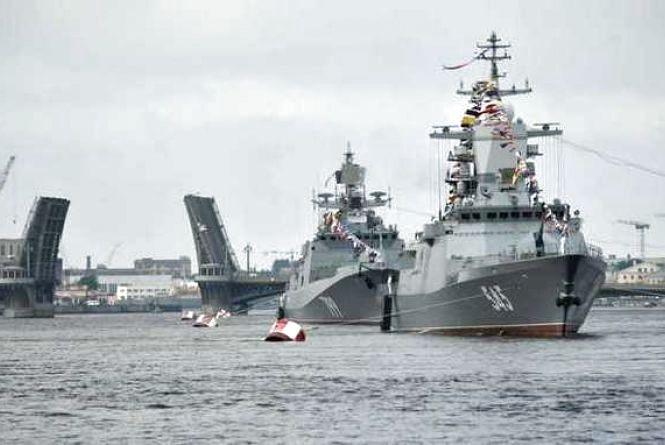 «Стратегія анаконди»: Росія стискає кільце навколо ВСУ на Донбасі