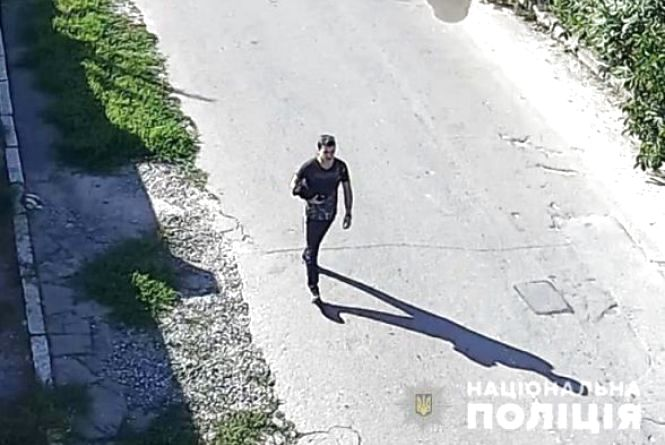 Виклали відео підозрюваного у вбивстві 32-річної Віталіни. Допоможіть упізнати