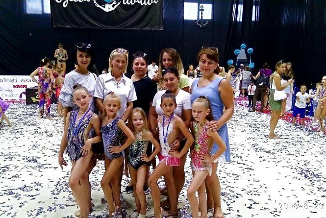 Гімнастки приїхали з нагородами
