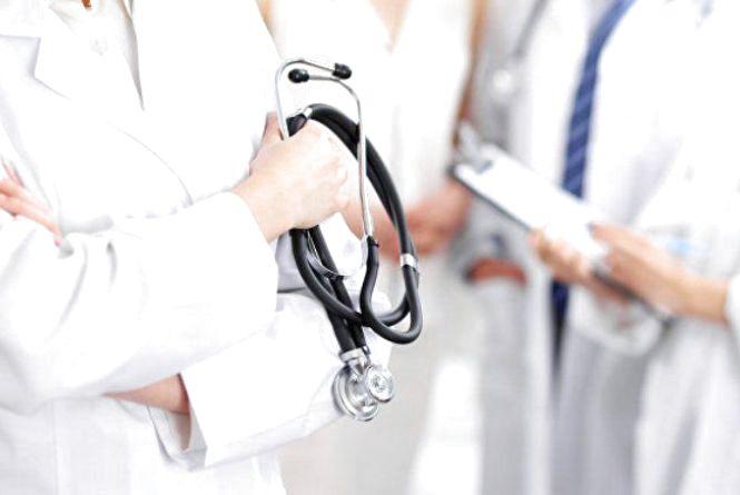 Функції керівника медзакладу розділили на управлінські і медичні