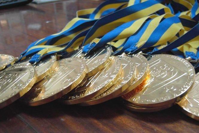 Настрибали на багато медалей