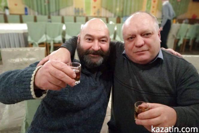 Ветерани  Валентин Драмарецький  та його бойові товариші