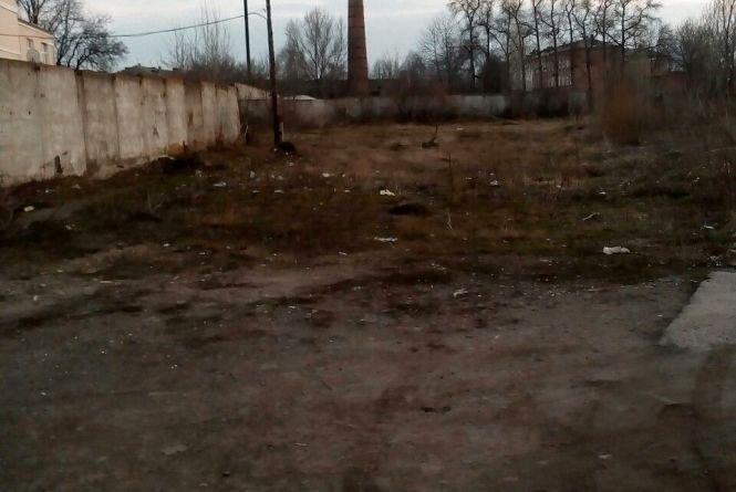 """Фото дня: занедбана і спустошена територія бувшого """"НГЧ"""""""