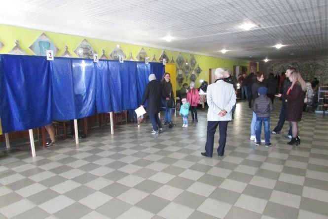 Найактивніше на Вінниччині голосує округ №13 (Козятинський, Калинівський та Хмільницький райони)