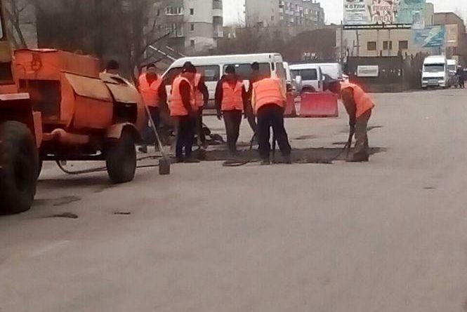 На козятинські дороги виділили 6 мільйонів гривень. Що кажуть про ремонт містяни?