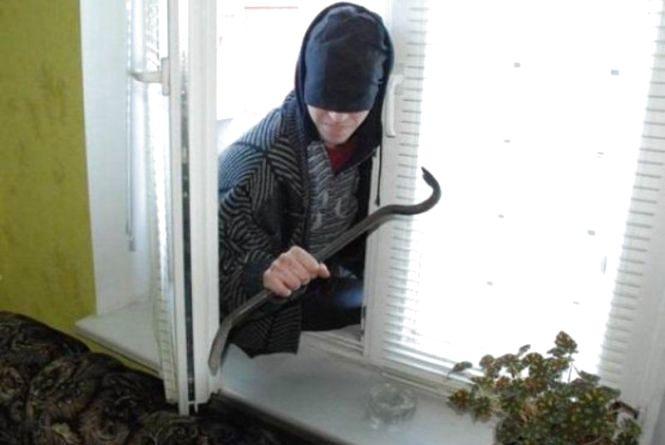 Кримінальний Козятин: злодії лізуть через вікна