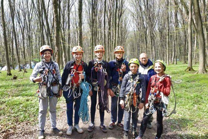 Змагання: юні вернигородоцькі туристи стали першими!