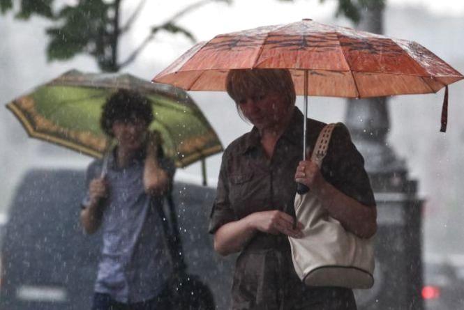 Всі свята з дощами: синоптик розповів про погоду в травні