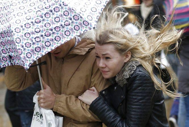 Синоптики попереджають про похолодання та шторми: «Вторгнеться арктичне повітря»
