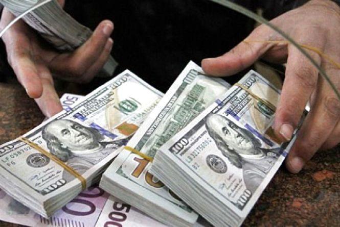 Тижневий курс валют: по чому  долар, євро та рубль