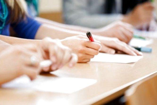 Сьогодні, 21 травня, стартує ЗНО. Учні козятинської школи №1 пишуть математику