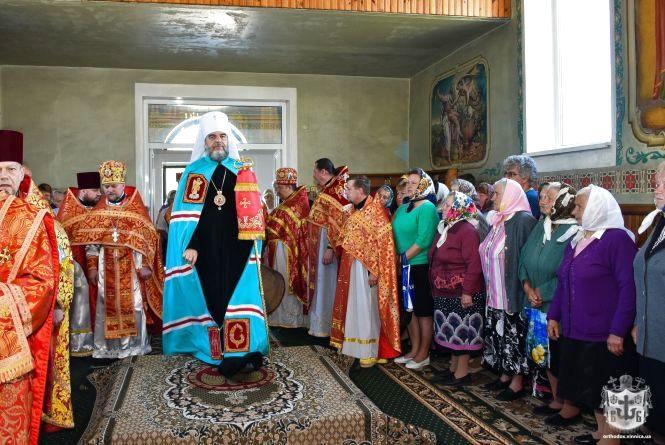 На престольне свято у Непедівці завітав митрополит Вінницький і Барський Симеон