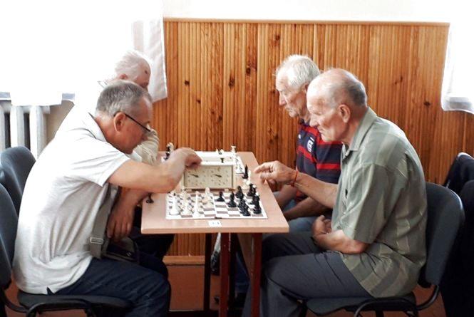 Козятинчанин «взяв» найстаршу категорію на змаганнях із шахів