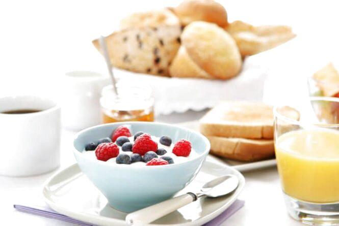 Сніданок з'їж сам, обідом поділися з одним, вечерю віддай ворогові