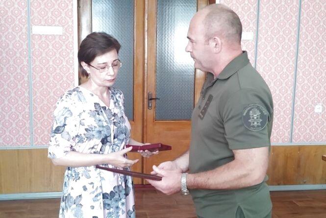 Матері загиблого в зоні АТО козятинського героя Максима Олексюка вручили орден «За мужність» ІІІ ступеня