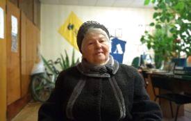 Гість - Галина Середіна . Віршує про ясні зорі та  субсидії депресію .Голодомор